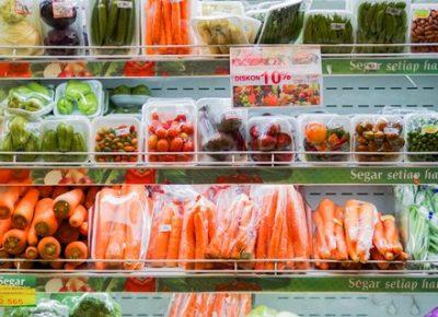 Légumes supermarché : plastique et pesticides - Mon Coach Zéro Déchet